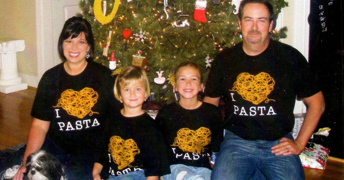olive garden blesses pasta loving pastor with another never ending family pasta pass - Is Olive Garden Open On Christmas Eve