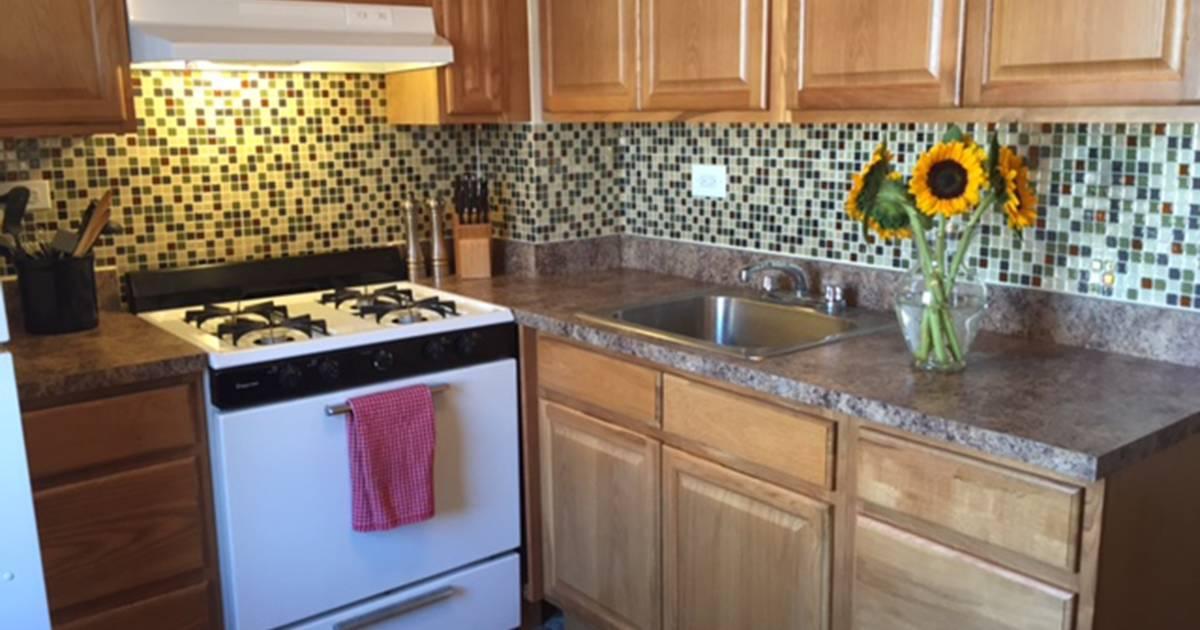 Today Tests Temporary Backsplash Tiles From Smart Tiles