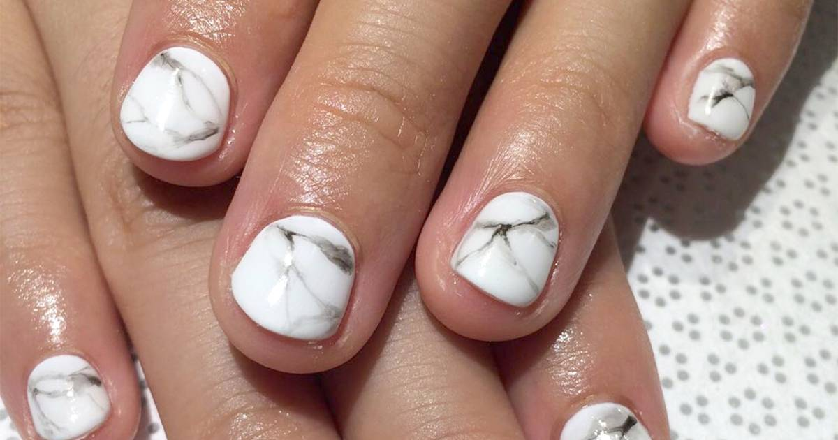 Marble Nails How To Get The Manicure Trend In 5 Steps