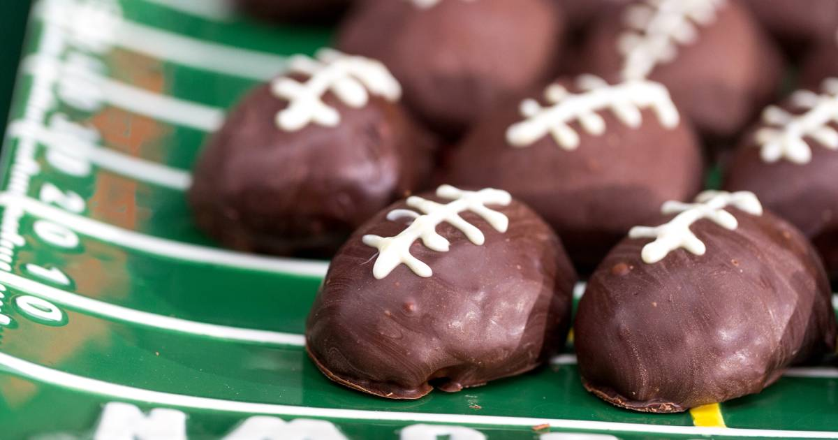 Touchdown! 50 ultimate Super Bowl party foods for an epic celebration