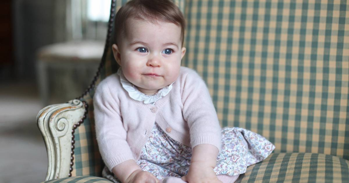 Most popular baby names of 2015: Real princess name soars, fictional royalty sinks