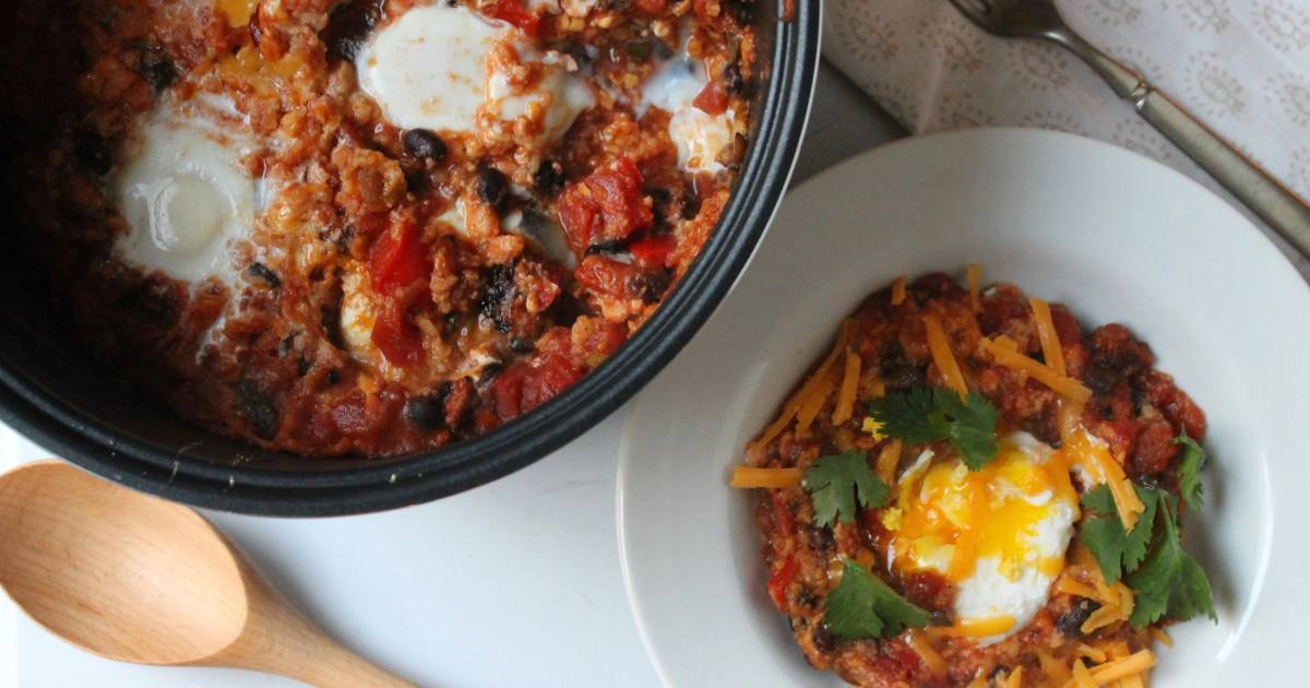 Slow-cooker breakfasts worth waking up for: Huevos rancheros, cake and more