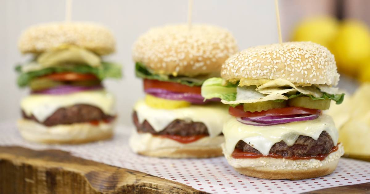 How to grill burgers: Secrets to the perfect patty