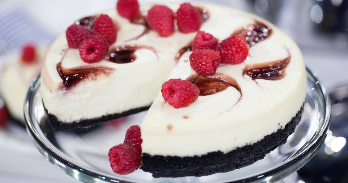 3 ways to use your slow cooker to make delectable desserts