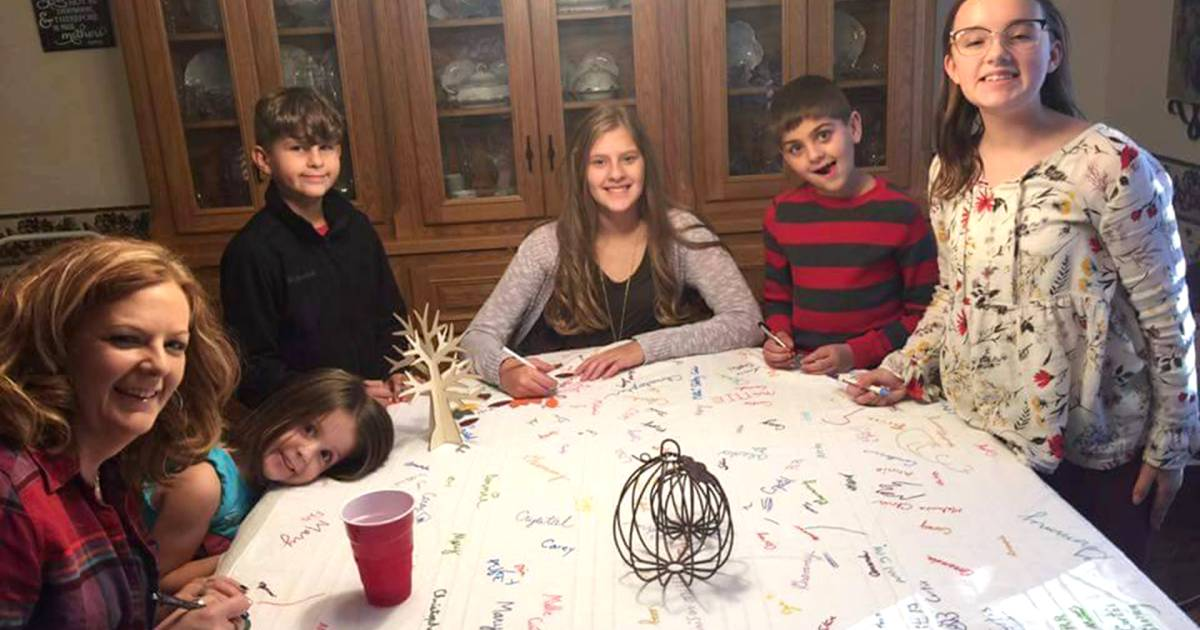 Why this Thanksgiving tablecloth is a great family tradition