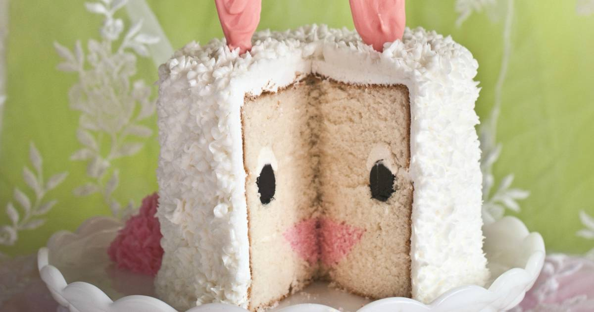 How To Make An Easter Bunny Cake For Dessert