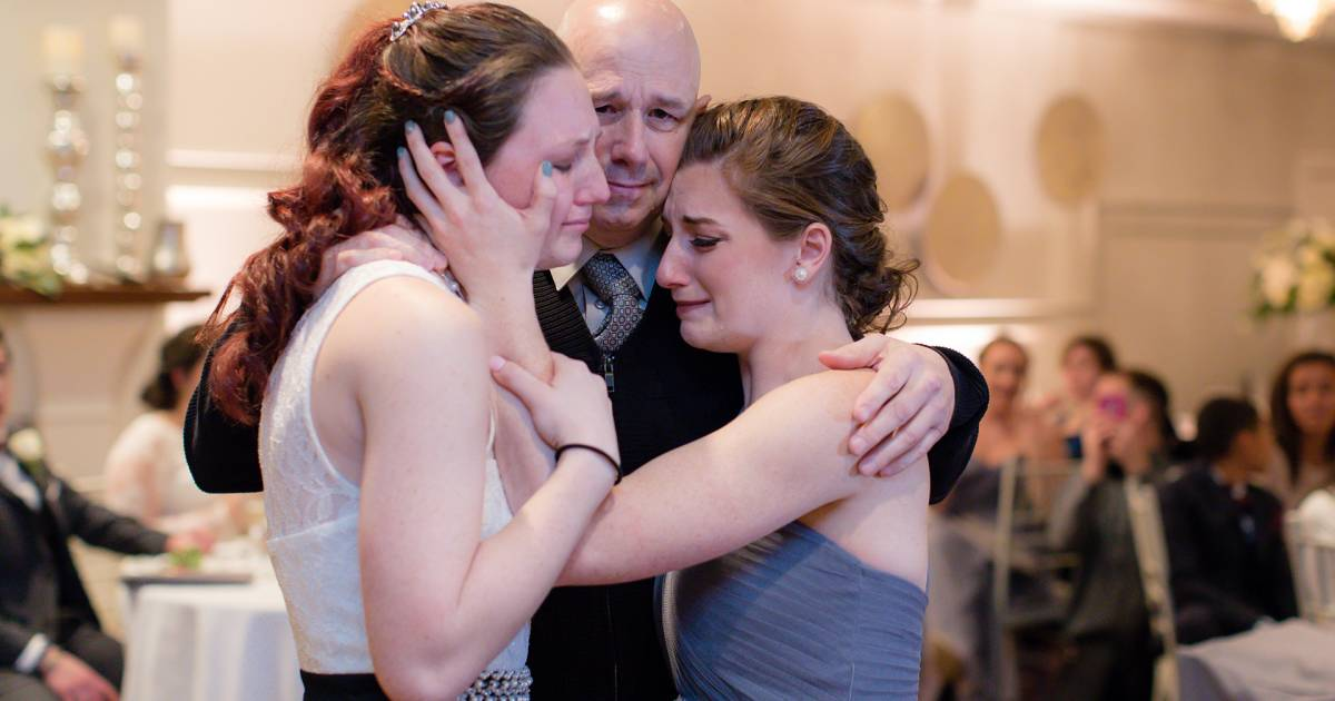 Dying Man Gets Father Daughter Dance At Friends Wedding