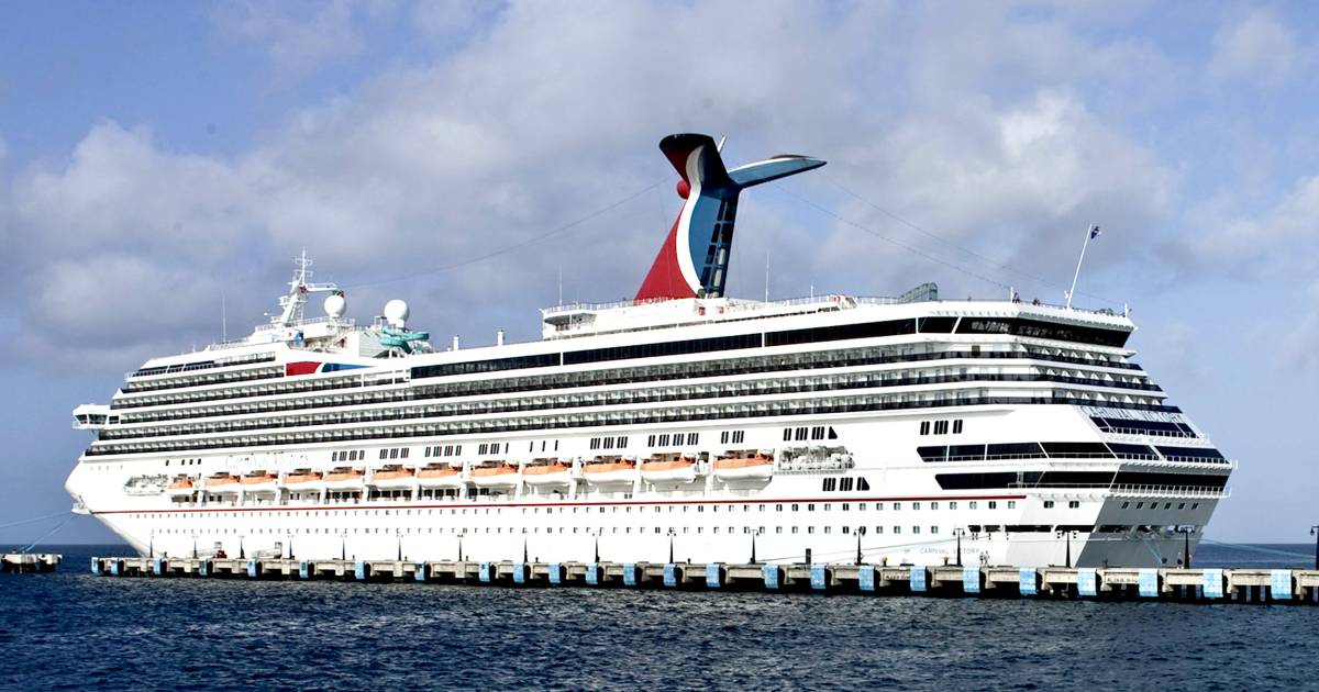 Did you get that 'free cruise' robocall? You may be eligible for $900