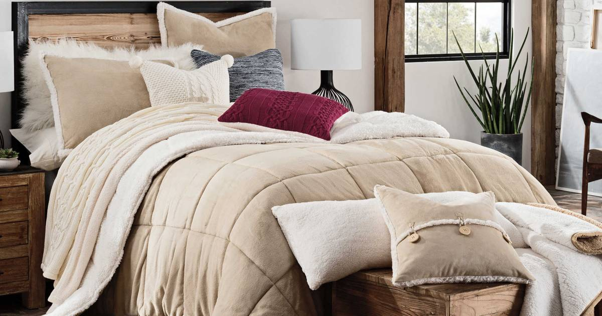 Bed Bath Amp Beyond Recalls 175 000 Ugg Comforters For Mold