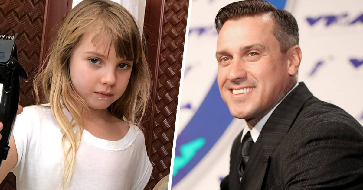 Pinks Daughter Willow Gives Dad Carey Hart A Haircut
