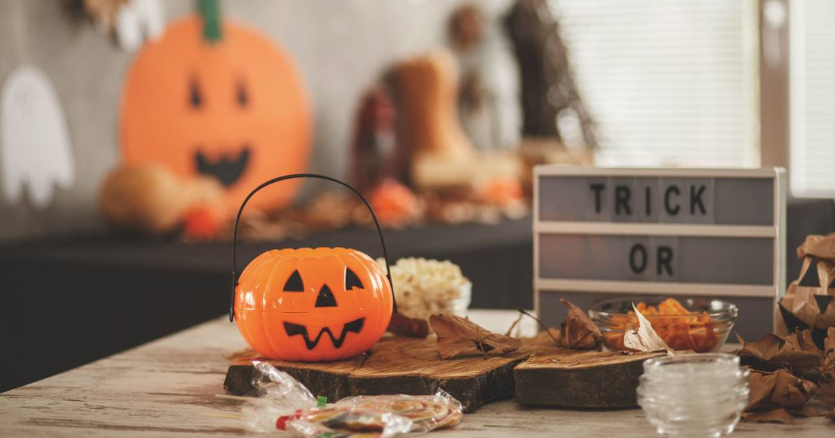 12 easy last-minute Halloween party ideas for food, drinks, games and decor