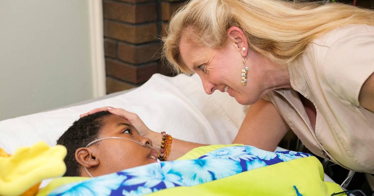 'Hospice mom' Cori Salchert adopts teen weeks before death