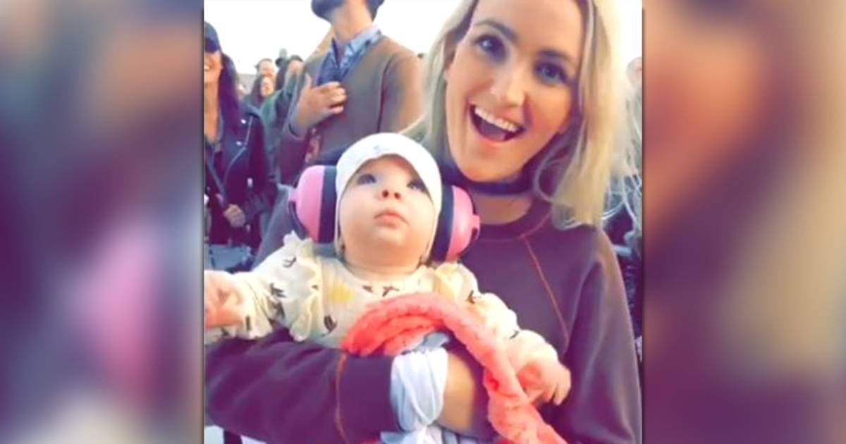 Jamie Lynn Spears takes baby to 1st 'Auntie Britney' show — watch the video