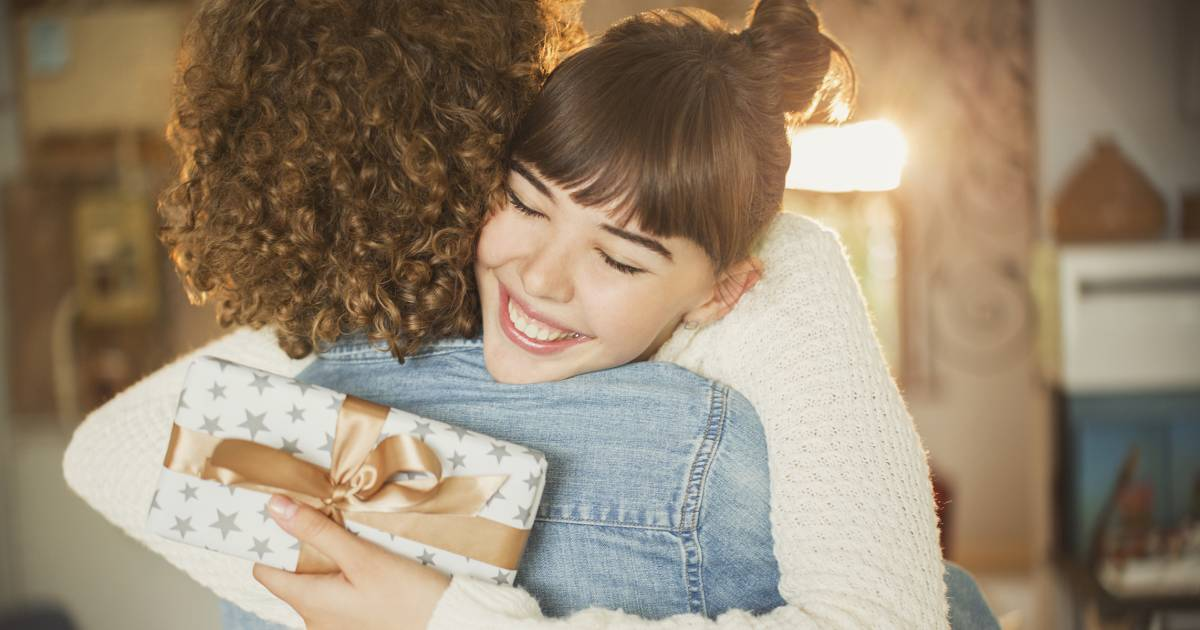 Gift ideas for women: Holiday gifts for moms, sisters and more