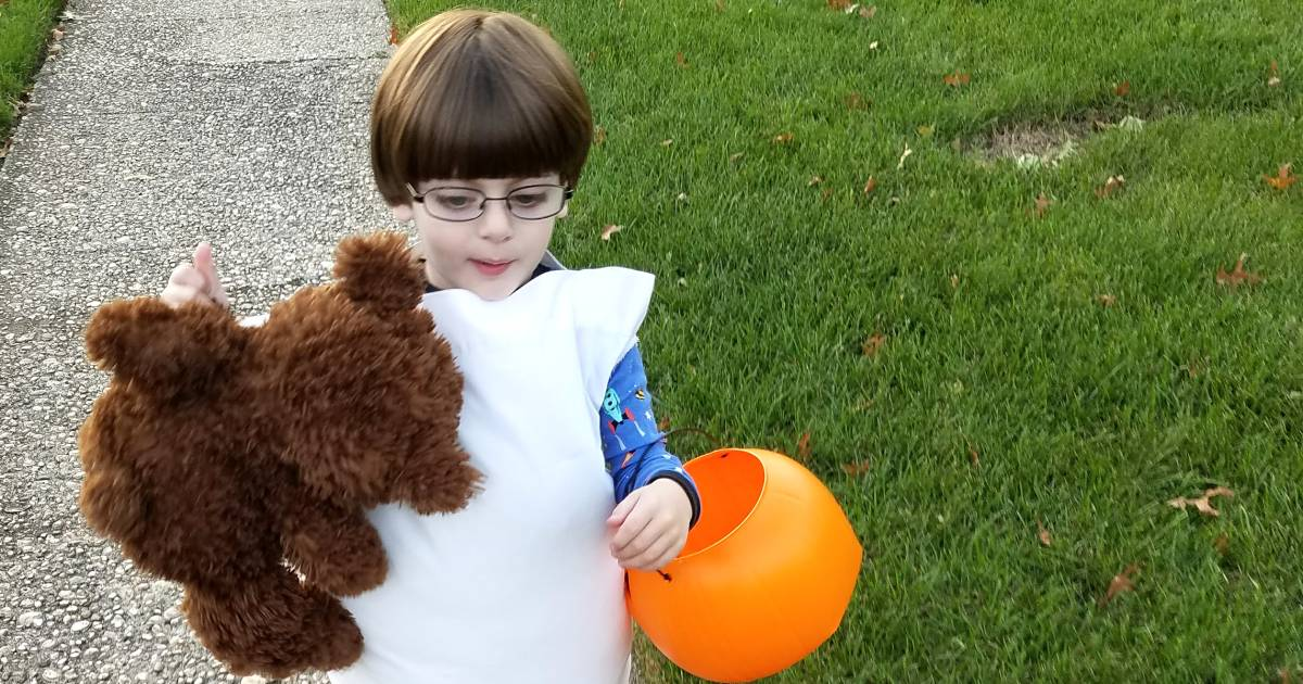 Parents who pull off impossible costumes are Halloween heroes