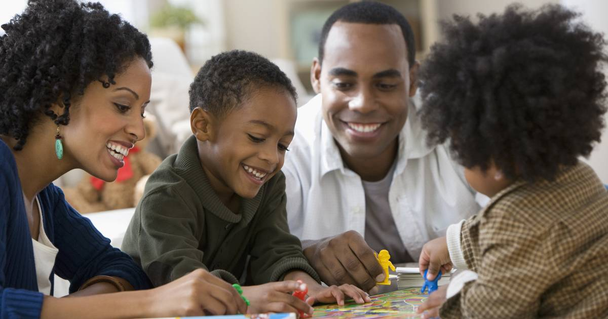 Family game night ideas: Fun games for kids, teenagers and adults