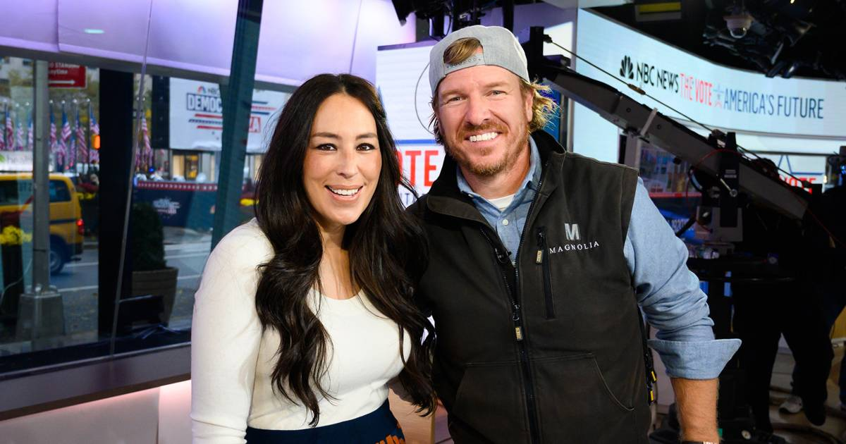 chip and joanna gaines announce tv comeback. Black Bedroom Furniture Sets. Home Design Ideas