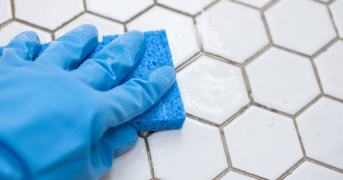 how to clean white grout