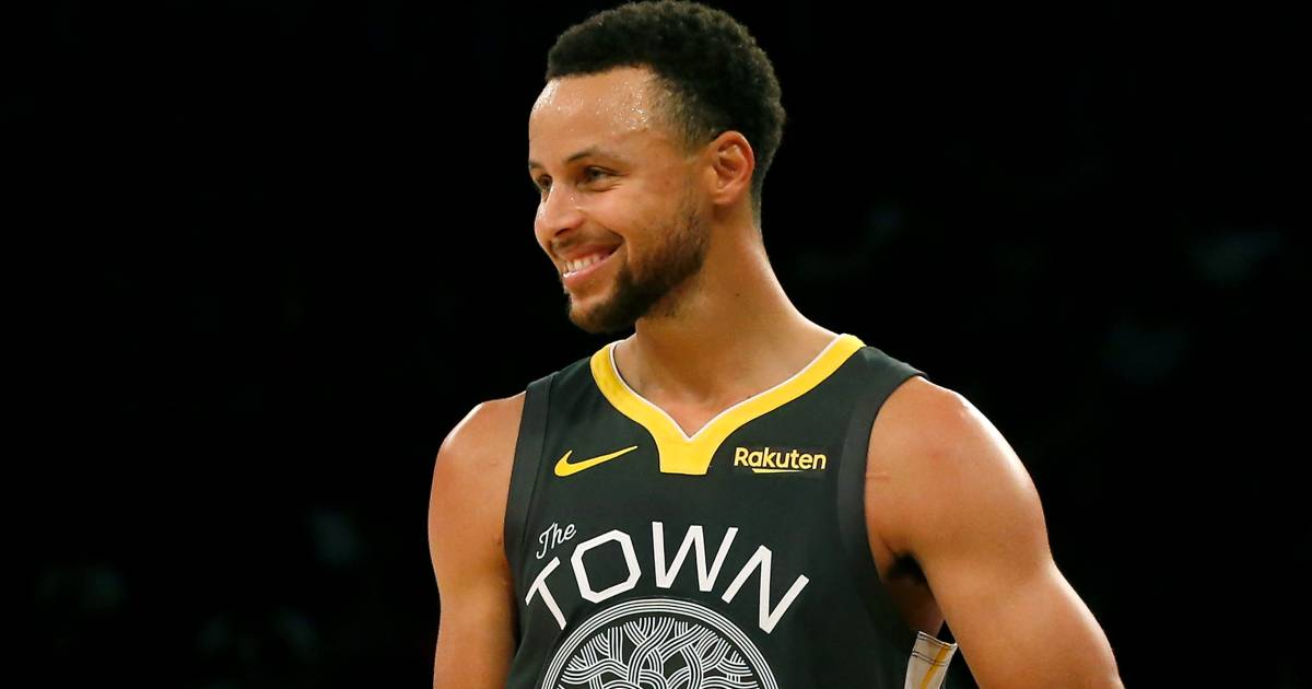 Steph Curry responds to 9 year old's call for girls shoes