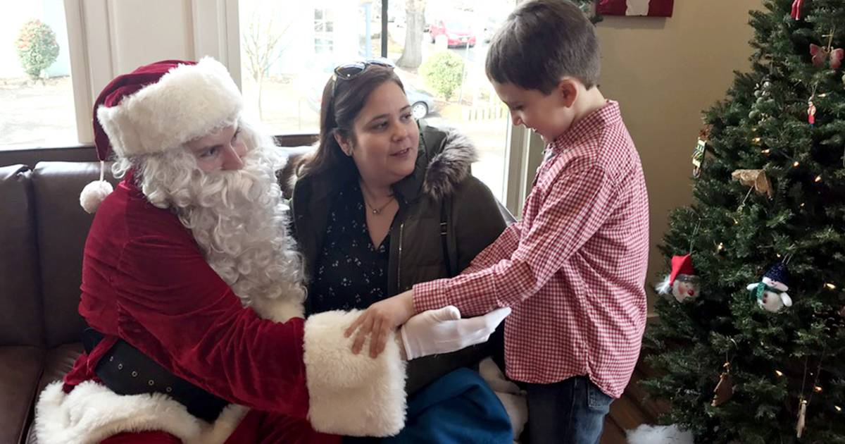 Santa with autism helps kids with autism celebrate Christmas