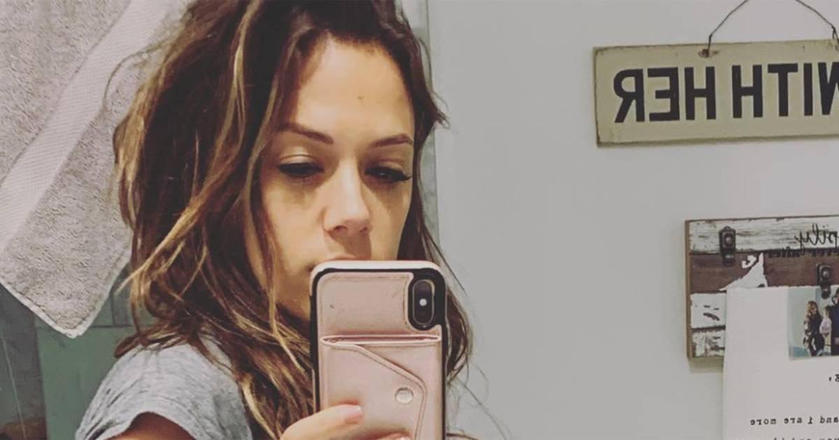 Jana Kramer fights body-shamers 1 week after giving birth