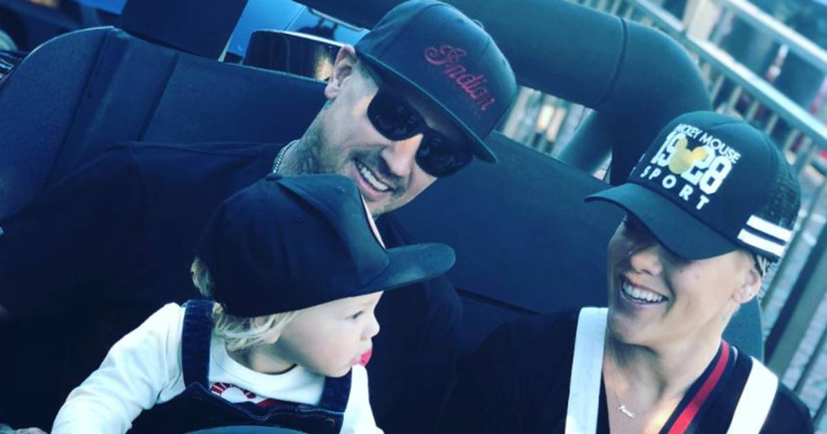 Pink and her family went to Disneyland, and the pictures are adorable