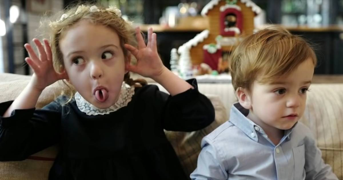 Jimmy Kimmel tries (and fails) to get kids to smile for holiday photo