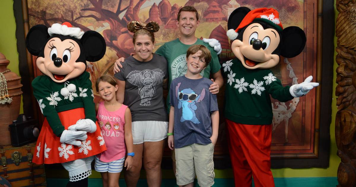 Top tips for families at Walt Disney World during Christmas