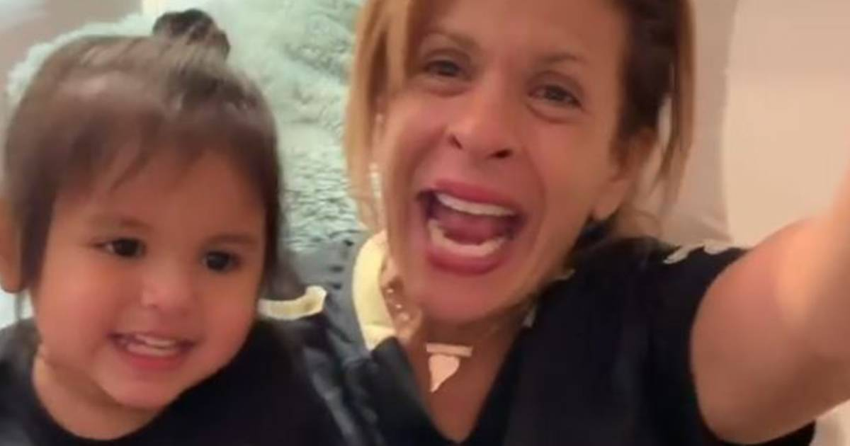 Hoda and Haley Joy cheer on their favorite football team in the cutest way