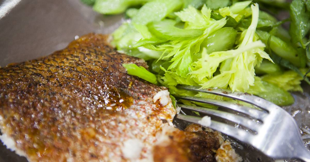 Tamron's Tuesday Trend: Pimentón-roasted red snapper with herb salad