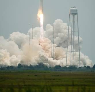 Image: The Orbital Sciences Corporation Antares rocket launches