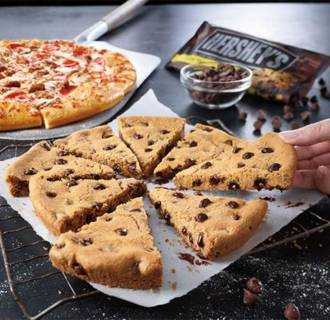 Pizza Hut pizza cookie