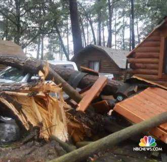 Image: An EF-1 tornado tore through a campground in Virginia filled with families on vacation, leaving at least 35 injured