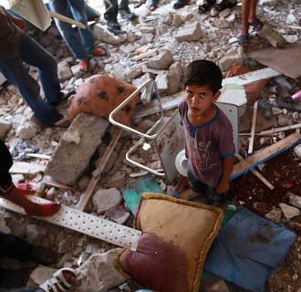 Image: UN school in Gaza Strip after airstrike