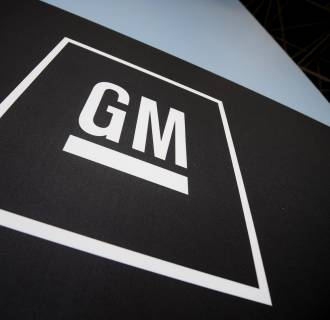 GM has lost its bid to dismiss a lawsuit accusing the automaker of concealing critical evidence about faulty ignition switches.