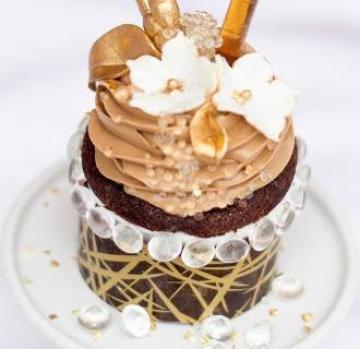 Image: Le Dolci bakery's $900 cupcake