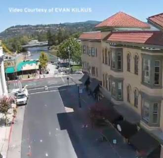 Image: Damage from an earthquake that shook Napa County is seen from a drone.