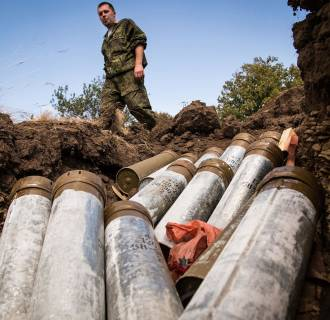 Image: TOPSHOTS-UKRAINE-RUSSIA-CRISIS-MILITARY