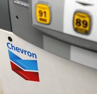 A sharp drop in gasoline prices helped drive down the consumer price index in August, the Labor Department said.