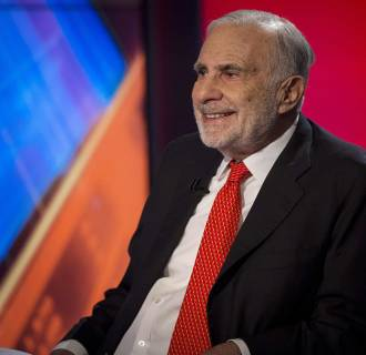 Activist investor Carl Icahn told Apple to get off its $133 billion cash pile and buy back more shares.