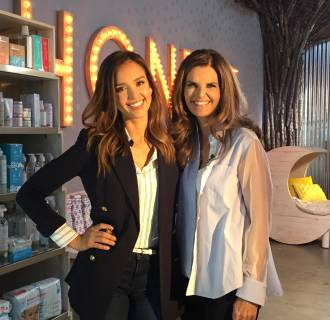 Image: Jessica Alba, left, and Maria Shriver