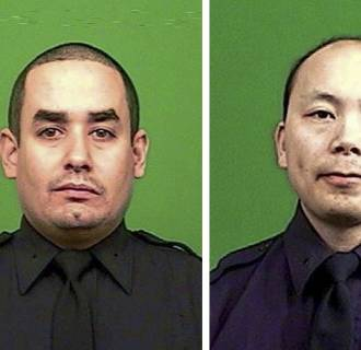 Image: Two NYPD officers assassinated in patrol car shooting