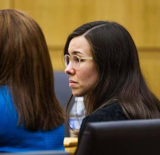 Image: Jodi Arias hears a hung jury verdict in the sentencing phase retrial in Phoenix