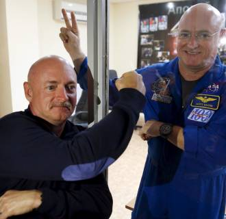 Image: Mark and Scott Kelly