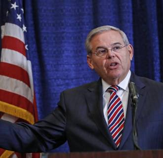 Image: NJ Sen. Bob Menendez Holds Press Conf. After Indictment On Corruption Charges