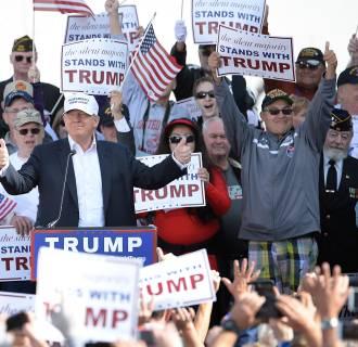 Image: Donald Trump rallies in Norfolk