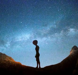 Image: Alien and milky Way