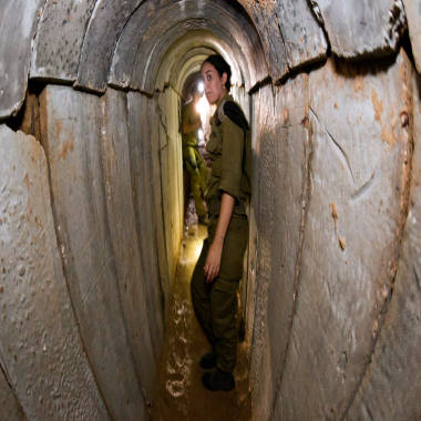 http://media2.s-nbcnews.com/j/MSNBC/Components/Photo/_new/131013-gaza-tunnel-soldier-hmed-1050a.380;380;7;70;0.jpg