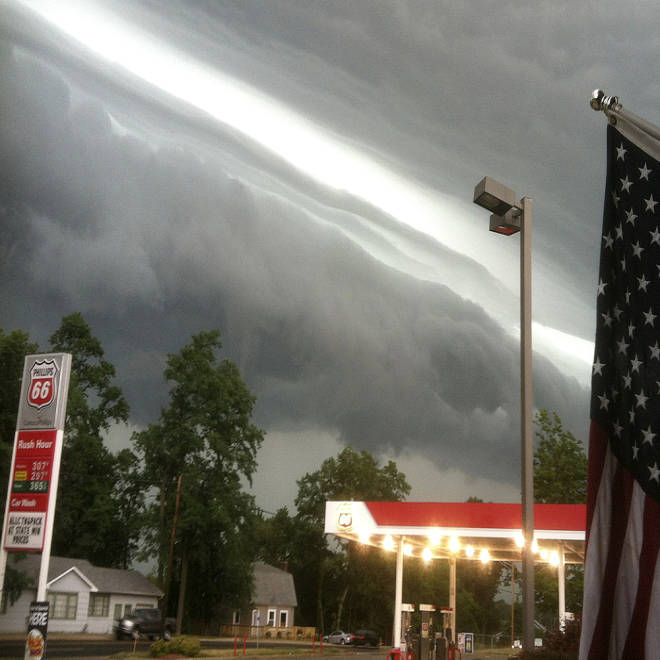 Storm system spawns tornado, threatens millions from Chicago to Boston, could bring feared derecho
