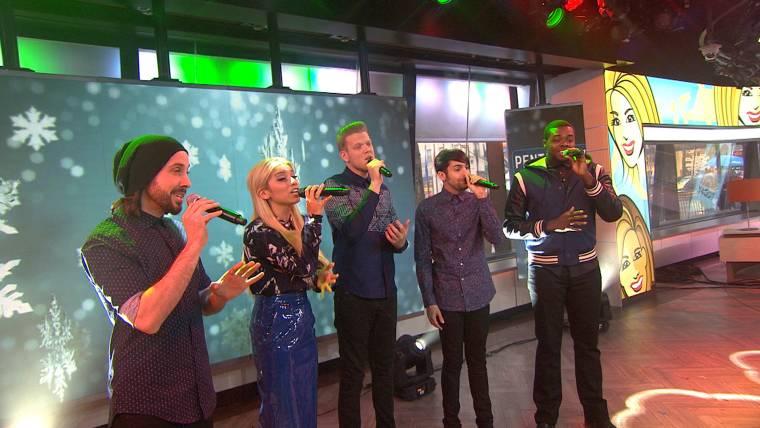 Pentatonix Thats Christmas To Me.Pentatonix Performs That S Christmas To Me